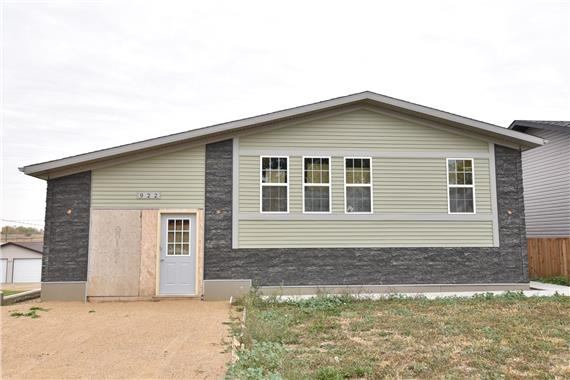 http://cdn.canadapropertylisting.com//Property/medium/2/2016/10/6/2-bedroom-House-property_for_sale-in-Moose-Jaw-id-4928510.jpg