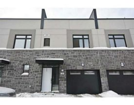 3 Bedroom Single_Family_Property For Sale in 940 WOODROFFE AVENUE, Ottawa, Ontario K2A3G9